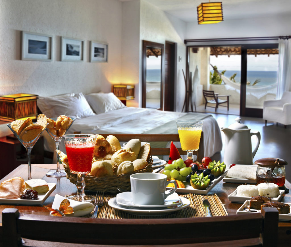 Why Bed & Breakfast Is A Better Option Than Traditional Hotels?